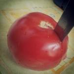"""Asesino Gastronómico Tomate Cuchillo"""